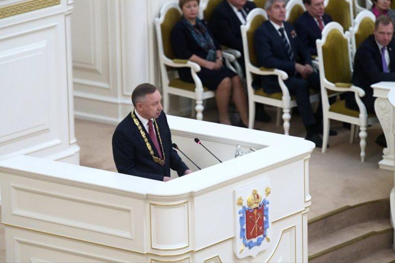 Беглов стал официальным губернатором Санкт-Петербурга и уже начал действовать