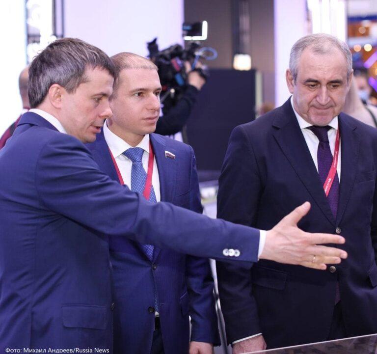 Депутат Госдумы Романов рассказал о важности привлечения инвестиций в Россию