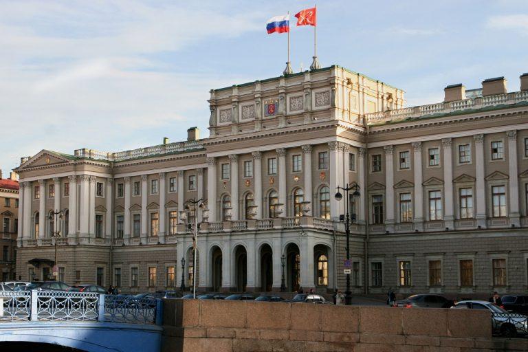 «Самый демократичный» парламент в РФ избирали самым недемократичным образом