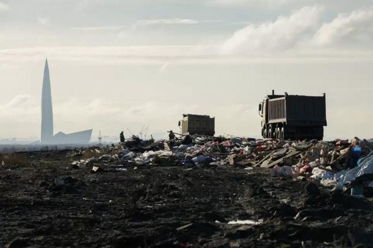 Начало «мусорной реформы» в Петербурге назначено на январь 2022 года