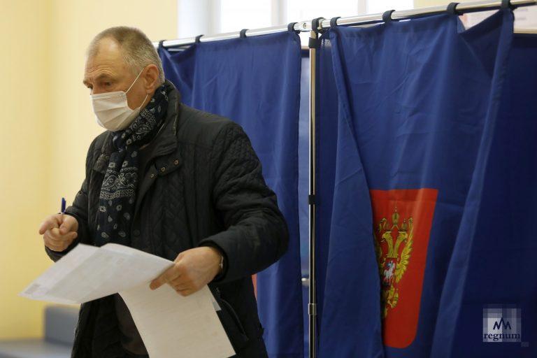 В Северной столице начали подсчитывать голоса прошедших выборов в ГД