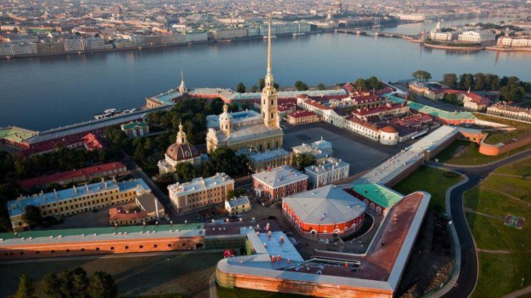 46 судов об отмене результатов выборов на «Петроградке». Традиционную вотчину «Единой России» скомпрометировали