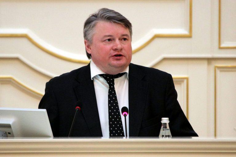 Вице-губернатор Петербурга Батанов усомнился в эффективности ФКР